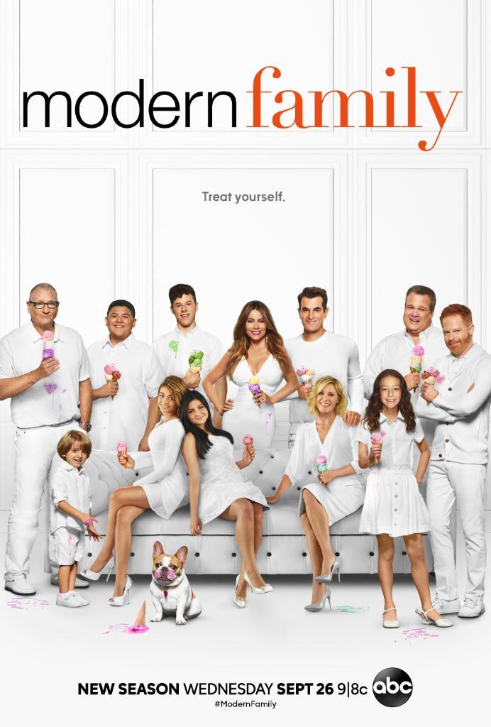 Modern_Family_Season_10_Poster.jpg